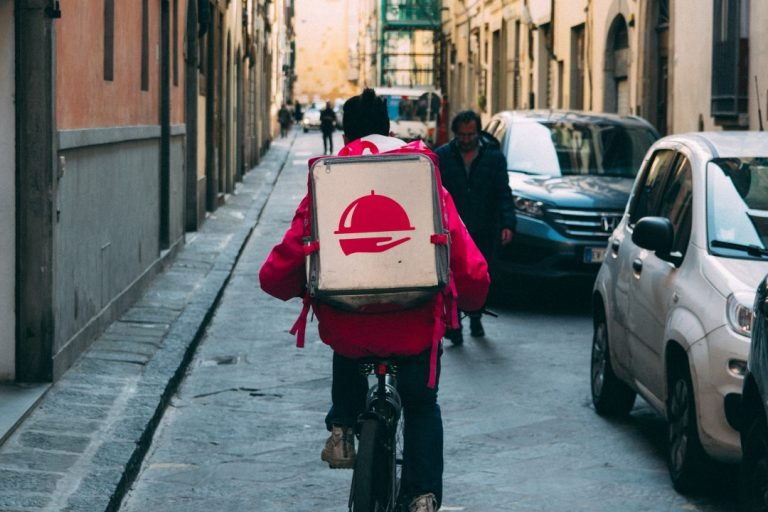 The coming glut of online delivery apps: 5 take-aways to deliver the competitive edge in UX