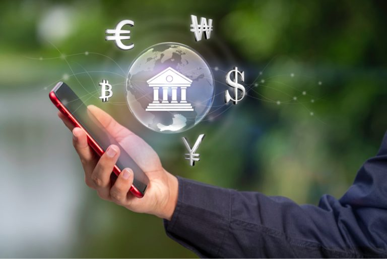 5 key FAQs on neobanks and their digital experiences